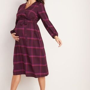OLD NAVY Maternity Faux-Wrap Plaid Midi Dress